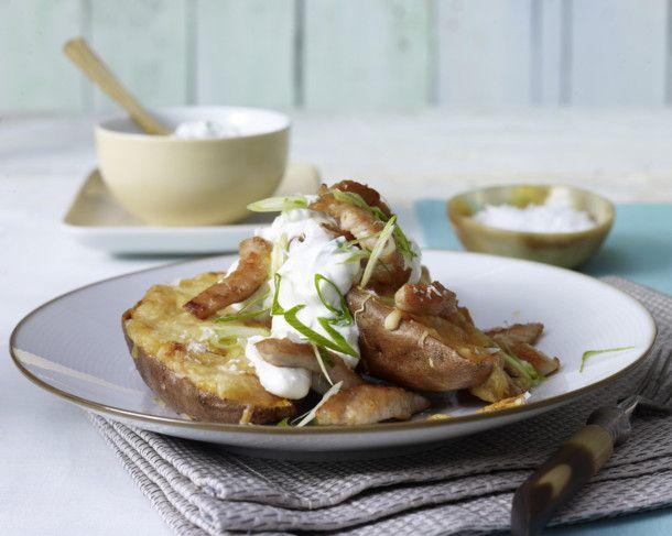 Unser beliebtes Rezept für Gebackene Süßkartoffel  und mehr als 55.000 weitere kostenlose Rezepte auf LECKER.de.