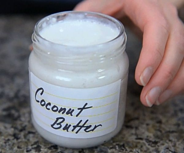 Making coconut butter at home is both economical and easy. Learn how in this video tutorial