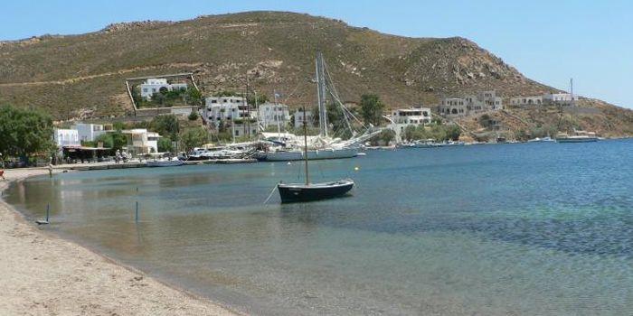 Пляж Грикос