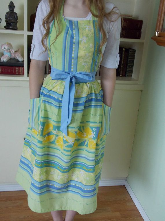 Ladies Hand Sewn Apron Made From Vintage Cotton by content2Bsew