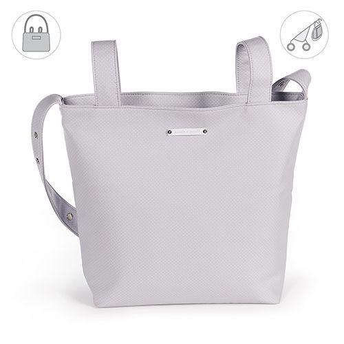 Bolsa panadera o bolso para silla de paseo Verona en polipiel gris con topito. Bolsa para silla de paseo, muy elegante y práctica, para llevar todo lo que necesite tu bebé. Incluye asa larga para colgar en el hombro. Forro interior a tono con bolsillos. Se puede lavar a mano o a máquina a 30º. Los materiales utilizados están libres de colorantes azoicos, ftalatos y sustancias nocivas para la salud. Medidas: 40X34X11 cm. Bolsas de maternidad Pasito a pasito.