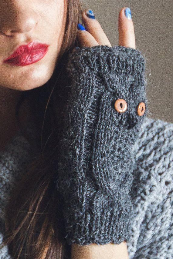 Knited Dark Gray Owl Wrists / Mittens / Fingerless by NatalieKnit