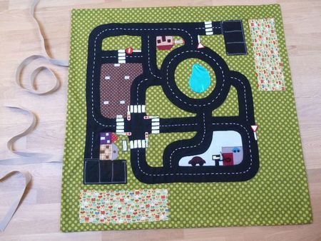 les 9 meilleures images du tableau tapis de jeu sur pinterest tapis de jeux chambre enfant et. Black Bedroom Furniture Sets. Home Design Ideas