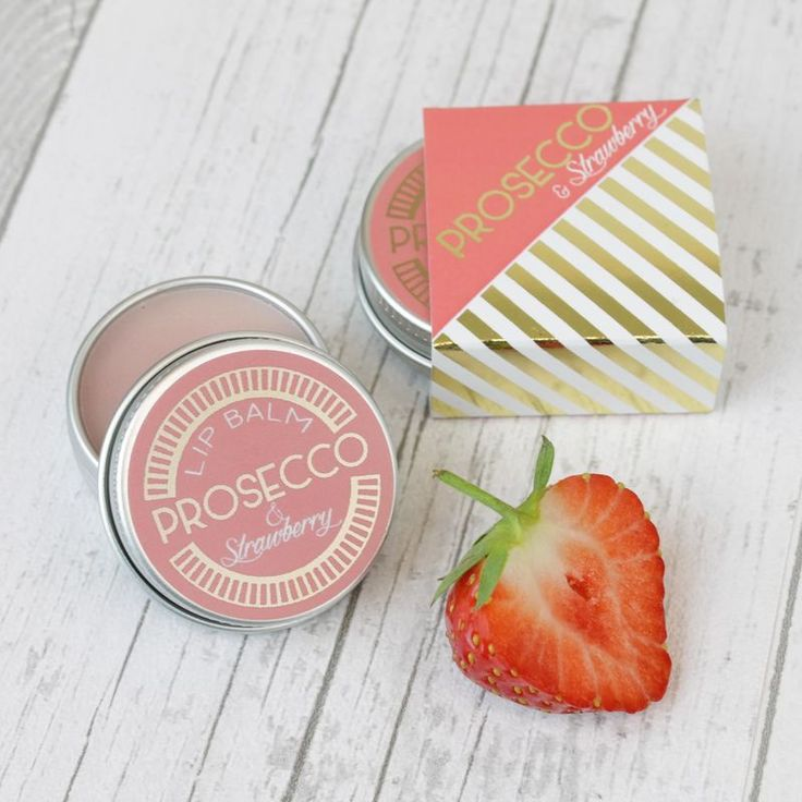A gorgeous Prosecco & Strawberry flavoured natural lip balm in a handy 15ml tin.Made with Beeswax, Shea Butter, Cocoa Butter, Calendula Oil and flavoured with Essential Oils, these lipbalms are a totally natural product, kind to your lips and ...