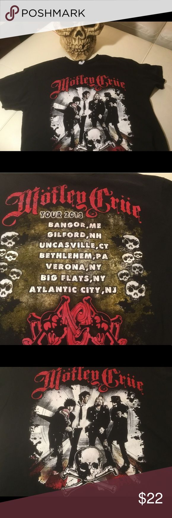 Motley Crue 2013 Tour Black Men's Med/Ladies Rock! Motley Crue 2013 Tour Black Men's Med/Ladies Can also Rock this T Delta Shirts Tees - Short Sleeve
