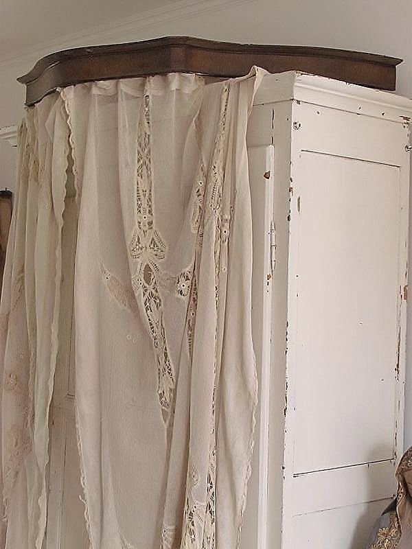Franse bed kroon /  French bed crown