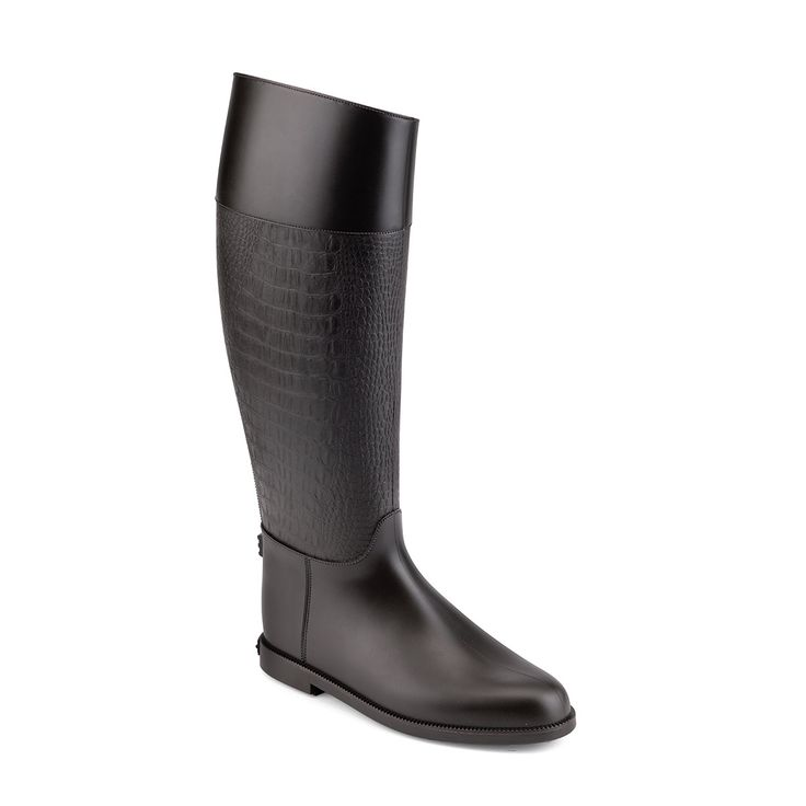 Waterproof riding boot in PVC with a solid crocodile printing.