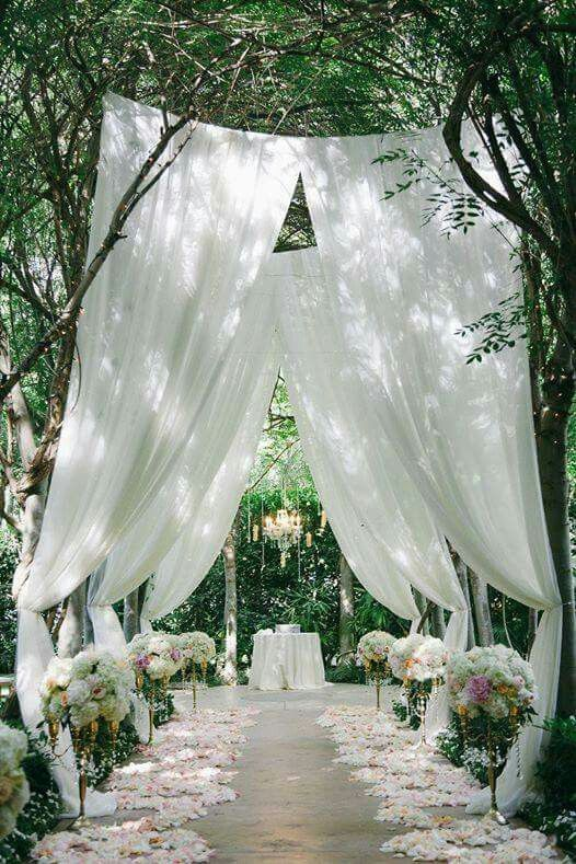 outdoor wedding ceremony decor 17 best images about decoration drapings on 6319