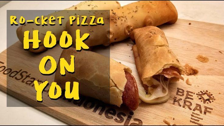Ro-cket Pizza Hook On You, cemilan millenial! Atau yang berjiwa muda! Are you in?  #rockethookonyou #pizzafinger #fingerfood #revolutionarypizza #carabarumakanpizza #quickbite #superbmeal #rocketpizza #chefabahdoddy #sayarocketpizza