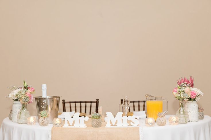 Mr and Mrs Sweet Heart Table   Abe & Charlene Photo By Clarisse Pieterson Photography