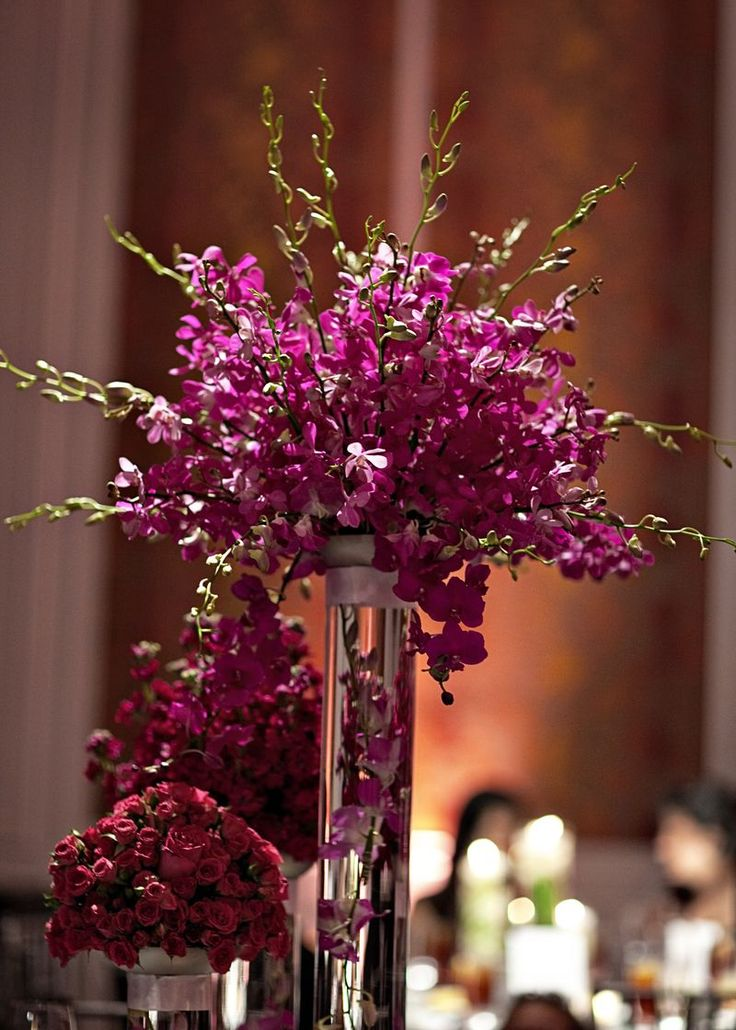 Best 25 purple flower centerpieces ideas on pinterest for Center arrangements for weddings
