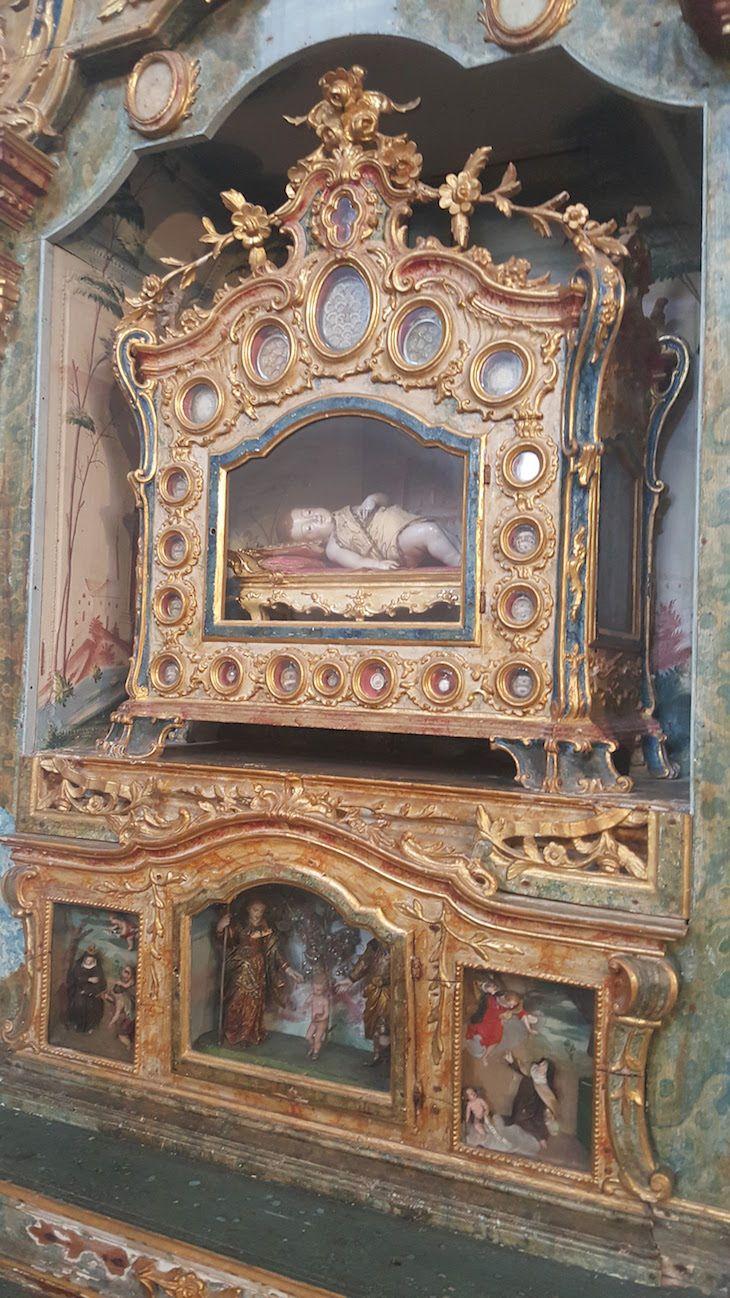 Menino Jesus deitado no Museu de Aveiro - Santa Joana Princesa