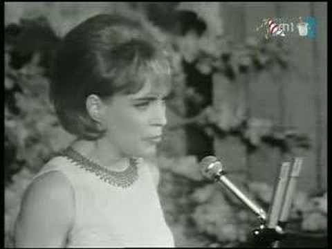 Kovács Kati - Nem leszek a játékszered https://www.youtube.com/watch?v=YmiArwMQnn4