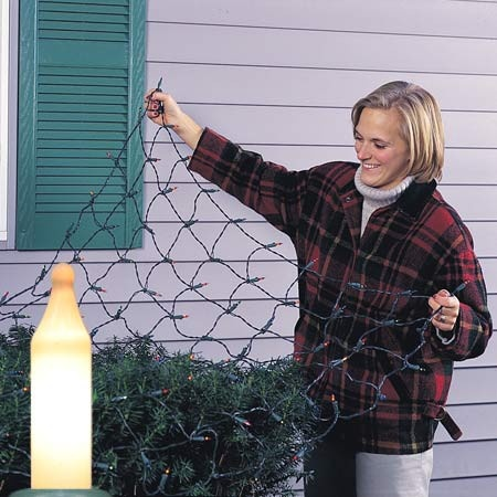$14.99 Christmas Net Lights - 4 x 8 Net Lights - 200 White Frost Lamps - White Wire