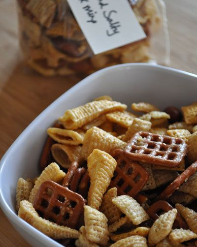 Sweet and Salty Chex Mix with Bugles and Honey Chex | www.mountainmamacooks.com