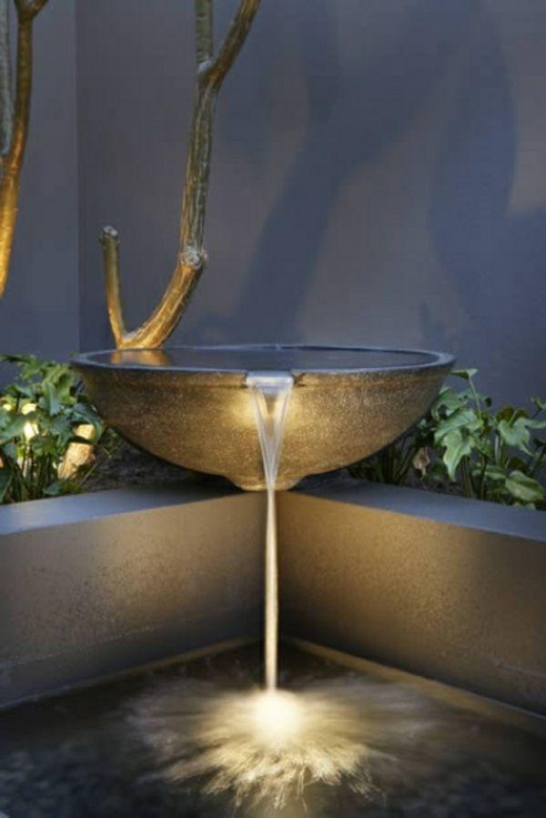Cascade et  fontaine de jardin , 69 déco pour les moments de relaxe - art-minimaliste-cascade-de-jardin-design-unique