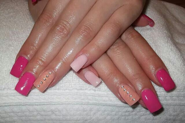 LCN #gelnails #pink #silver #bling #LCNproductsonly