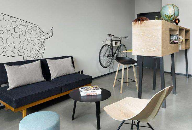 Urban L Zimmer mit Schindelhauer Rad Urban L Room with Schindelhauer Bike