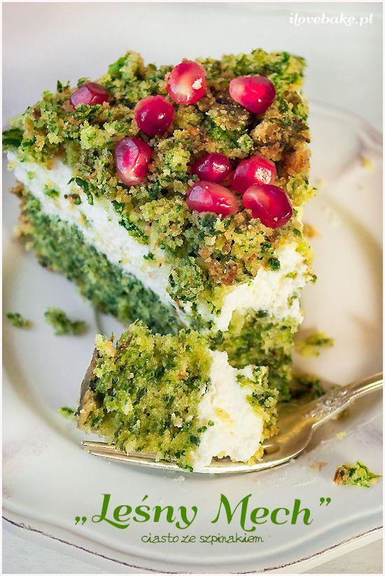 торт и лесной погружной шпинат-