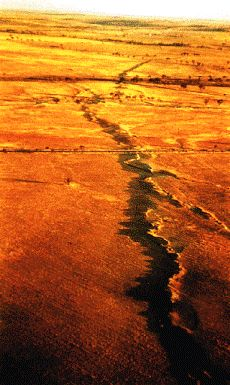 14 October - Earthquake hits Meckering in Western Australia