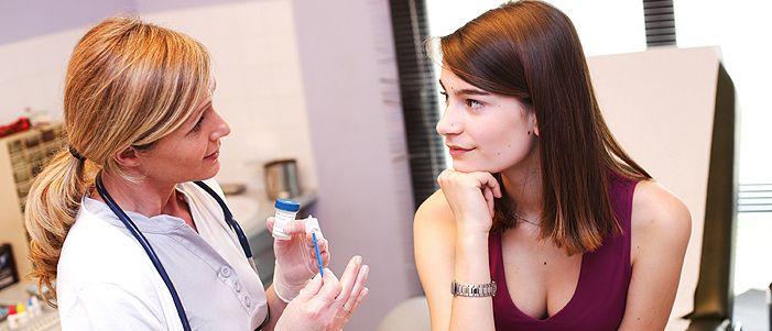 Εμβολιασμός κατά του ιού των Ανθρωπίνων Θηλωμάτων (HPV) - Η πρόσφατη ανακάλυψη του εμβολίου κατά του ιού HPV άλλαξε τα δεδομένα ως προς την αντιμετώπιση των ασθενειών που σχετίζονται με τον ιό αυτό. www.eyclub.gr | Κάρτα Υγείας EYCLUB
