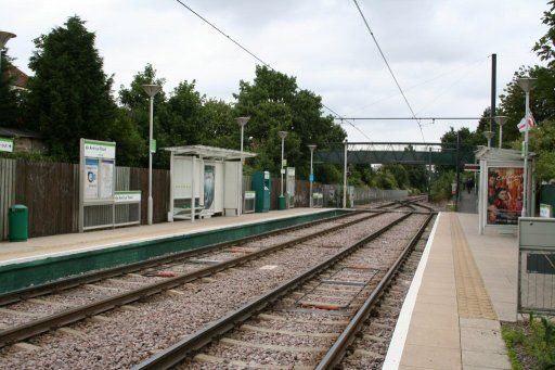 Croydon Tramlink tram stop at Avenue Road