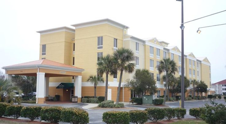 Holiday Inn Express North Myrtle Beach - Little River Little River This Little River, South Carolina hotel is a 7-minute drive from downtown North Myrtle Beach and Cherry Grove Beach. It features an outdoor pool and rooms with free Wi-Fi.