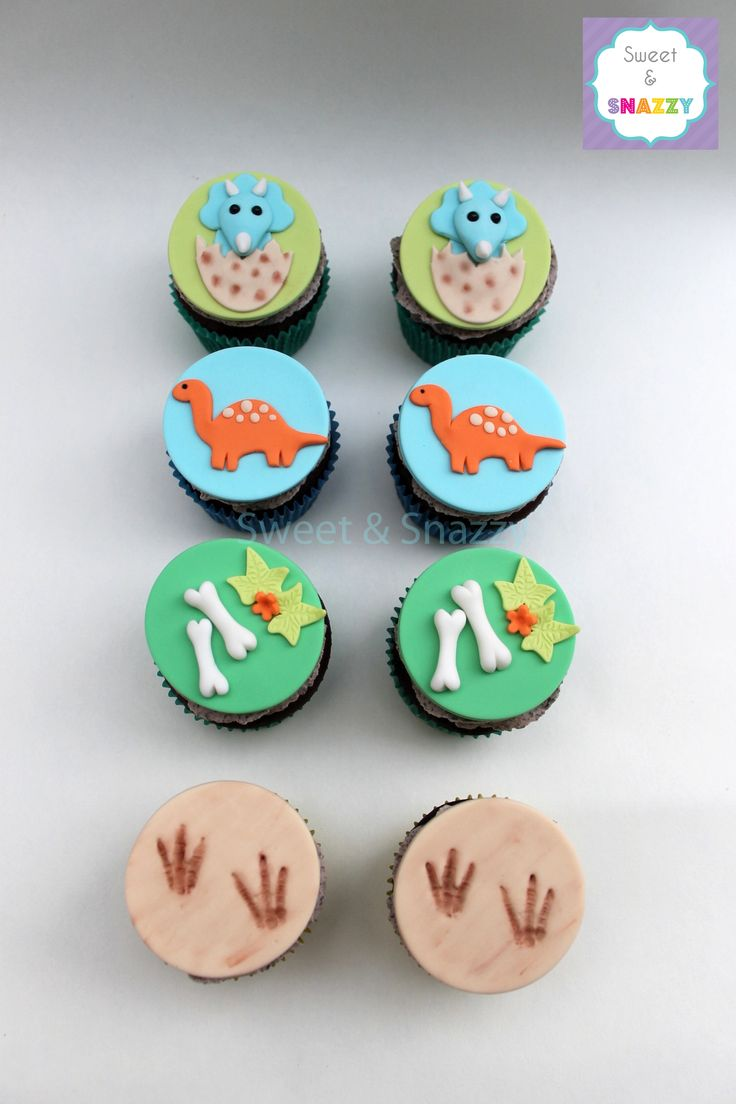 Dinosaur Cupcakes - dinosaur themed cupcakes - baby triceratops cupcakes by Sweet & Snazzy https://www.facebook.com/sweetandsnazzy