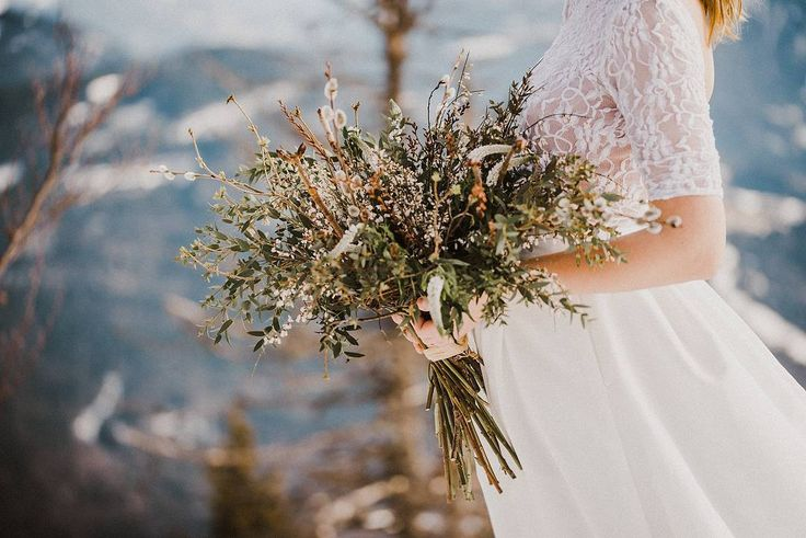 #best #weddingflowers @kviti_z_lesa #weddingdress @tymomenty #czechgirl @blue_moon.girl #weddingphoto @malovanyobrazek #photographer @photo_malina #weddingfashion #bohoflower #florist #svatebnikytice #bridalfashion #weddinginspiration #bohowedding #mountainlife #mountains #belovedstories #stylemepretty #rusticwedding #dhpresets #czechphotographer #fashiondesign #boholife #bohofashion #bohostyle#rusticwedding #ruralwedding #rural #ruralstyle #naturestylewedding #greenwedding