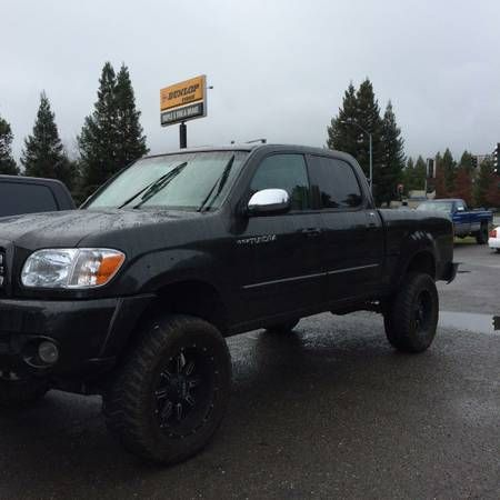 06 Toyota Tundra $12900: 2006 Toyota Tundra SR5, 4wd, with 6″ rcd suspension kit, 20″ wheels with mud tires, fully loaded. Call or text…