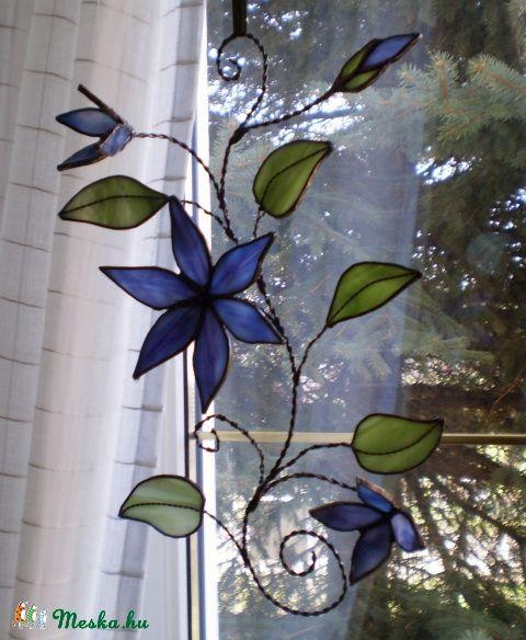 Meska - Tiffany klemátisz  ( tiffany virág ajándék  névnapra, születésnapra, házavatóra) Dittiffany kézművestől