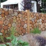 Clôture en rondins et autres idées en bambou, branches, palettes. DIY en français.