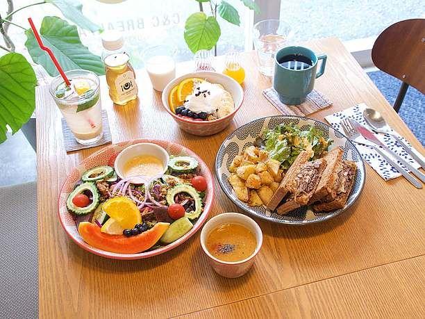 那覇市松尾にあるハワイの朝食カフェ「C&C BREAKFAST OKINAWA」シーアンドシーブレックファスト
