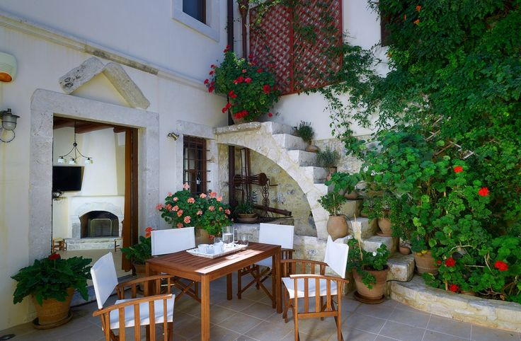 Two floor traditional stone house with swimming pool, Episkopi | Cretico