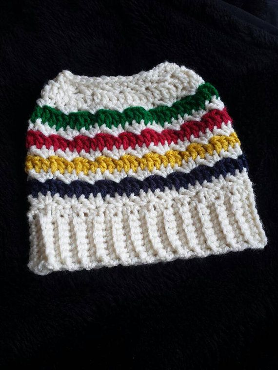 Check out this item in my Etsy shop https://www.etsy.com/ca/listing/490029484/crochet-hudson-bay-inspired-messy-bun
