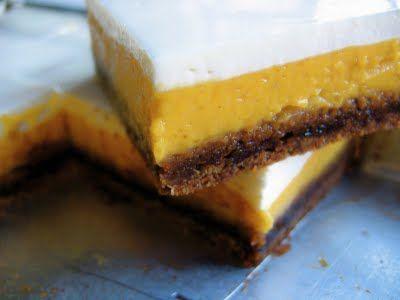 Kürbis-Käsekuchen-Quadrate mit Gingersnap Crust