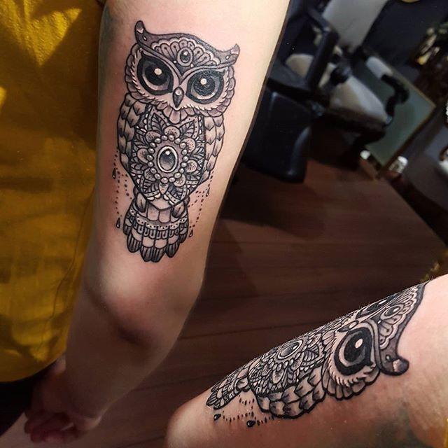 "<span class=""emoji emoji1f426""></span> #owl #mandala #tattoo av Julie @stromsnesdesign"