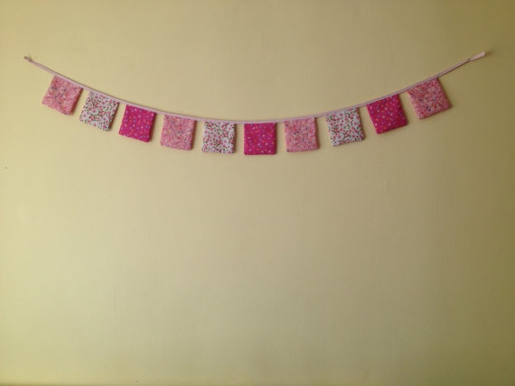 "Chic mini flowers on 5"" squares x 10 Bunting by TheCraftyShamrock, €12.00"