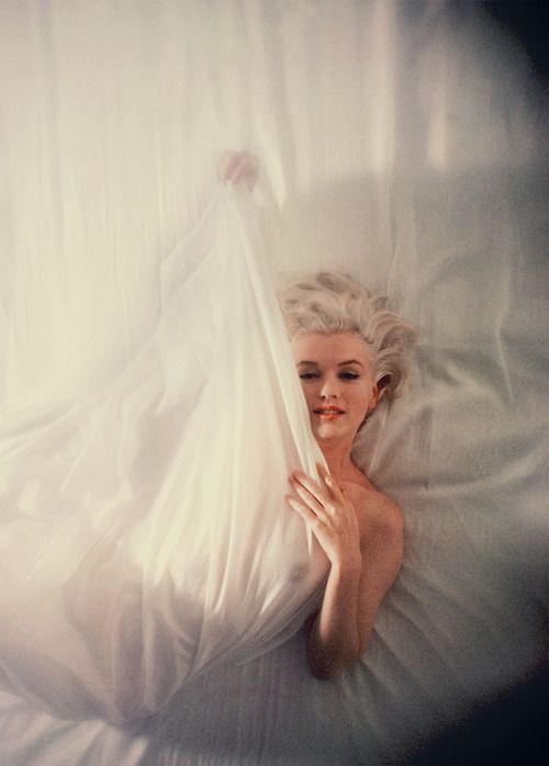 Marilyn Monroe photographed by Douglas Kirkland, 1961.Photos, Marilyn Monroe, Beautiful Marilyn, Douglas Kirkland, Beautiful Women, Norma Jeans, Beautiful People, 1961, Monroe Photographers