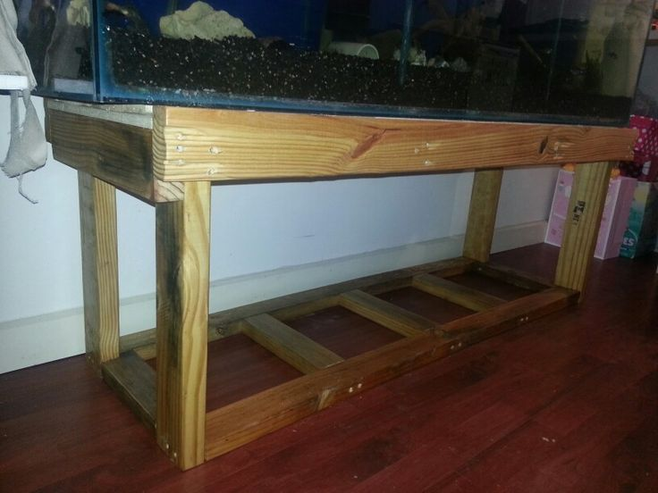 Custom made fish tank stands woodworking projects plans for Custom fish tank stand