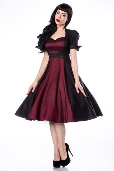 Rockabilly-Kleid statt 79.- nur 49.-Artikel Nr.: 12692Material:97% Polyester, 3% ElasthanFarbe:schwarz/burgundLieferumfang:KleidBeschreibung- hochwertiges Satin-Kleid im Rockabilly-Stil- hochwertig verarbeitet- burgundfarbener im Vorderbereich als Eyecatcher- mit schönem Schlüsselloch-Ausschnitt- leicht gepuffte Ärmel mit typischen Umschlag- seitlicher Reißverschluss- ein Petticoat sorgt für den perfekten Retro-Look (12147)zum…