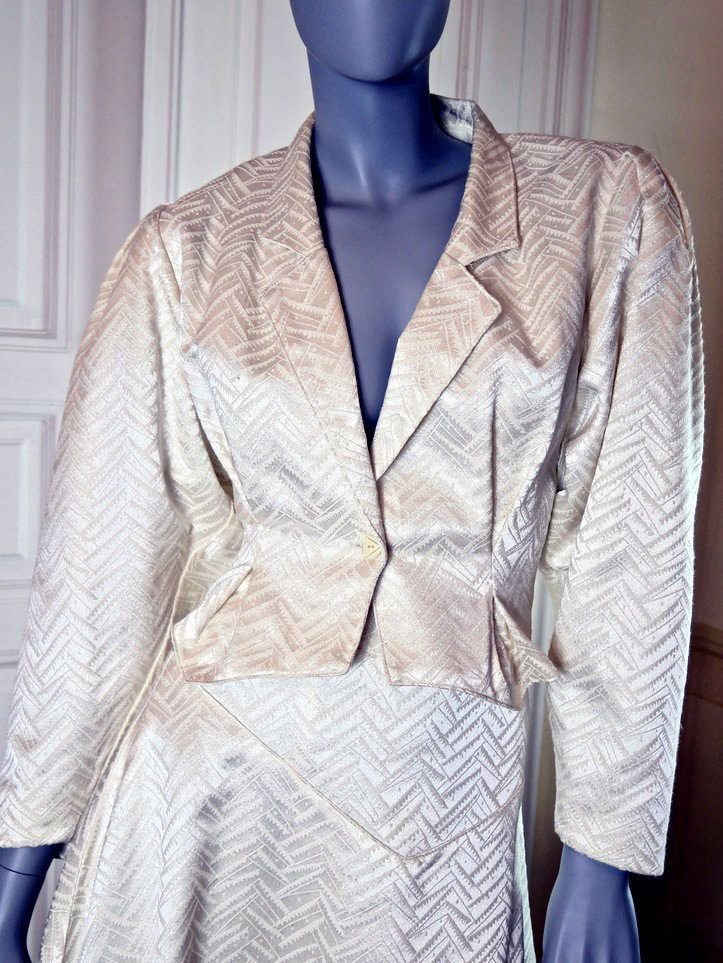 French Vintage Two Piece Suit Women's, Satin Two Piece Suit, Satin Brocade Formal Two Piece, Ivory Color, Cream Color: Size 8 (US), 12 (UK) by YouLookAmazing on Etsy