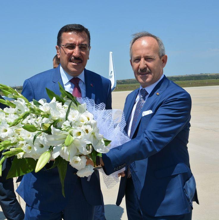Odamız Yönetim Kurulu Başkanı İbrahim Gönül    Gümrük Ve Ticaret  Bakanı Bülent Tüfenkçi ile Bir Araya Geldi