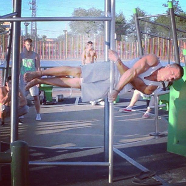"X Human Flag by ""Team Powertrix, their's video #calisthenics #streetworkout #pullups #humanflag #nodaysoff #teamnodaysoff #noexcuses #workout #inspiration #motivatoon #instafit #instagramfitness #instafitness"
