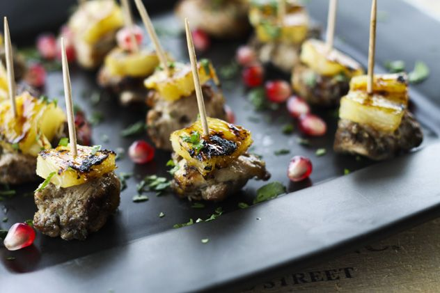 Jerk Chicken Bites with Glazed Grilled Pineapple #CaptainHolidays #SpiceUptheHolidays
