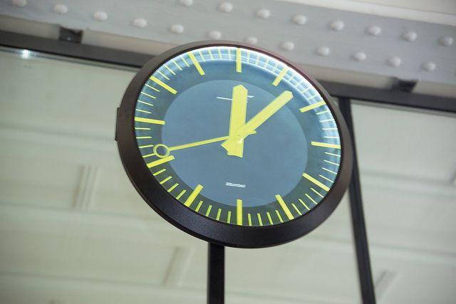Horloge Bodet Mod Le Profil Tgv Sp Cifique La Sncf Install E Dans La Gare Du Nord Paris