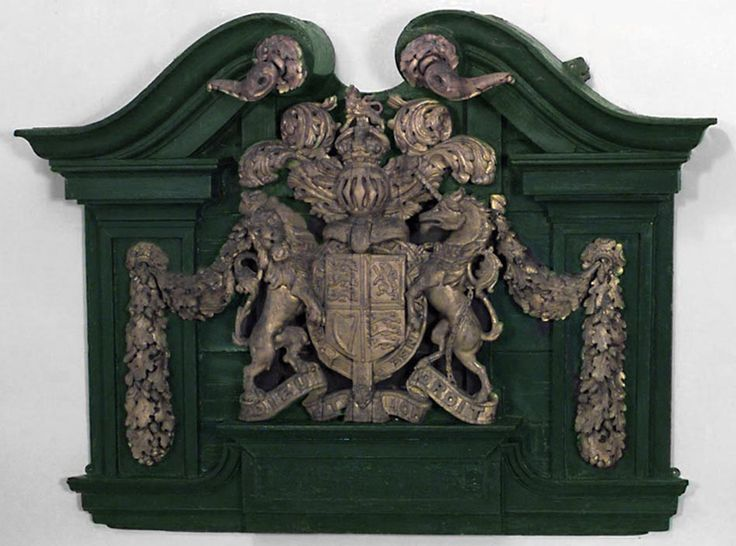 51 best images about coat of arms plaques on pinterest ruby lane one kings lane and key hangers. Black Bedroom Furniture Sets. Home Design Ideas