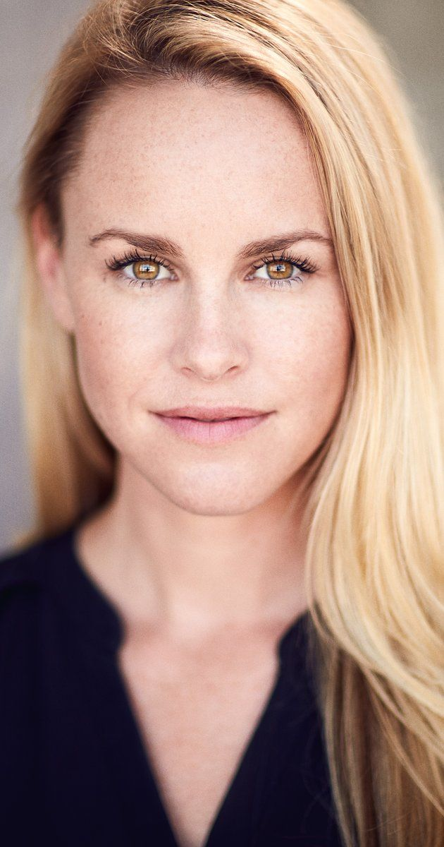 Julie Berman Actresses In 2019 Julie Berman Face Female
