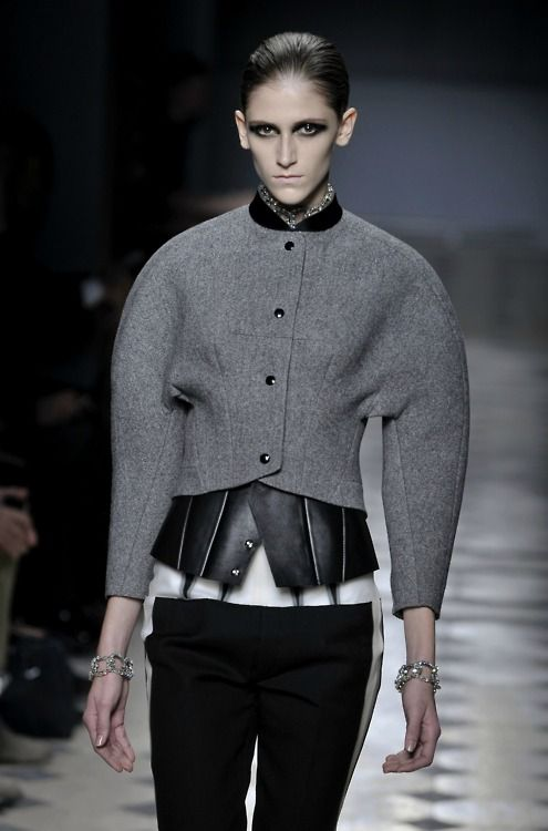 Sculptural Jacket with rounded silhouette - 3D fashion; shape & structure // Balenciaga