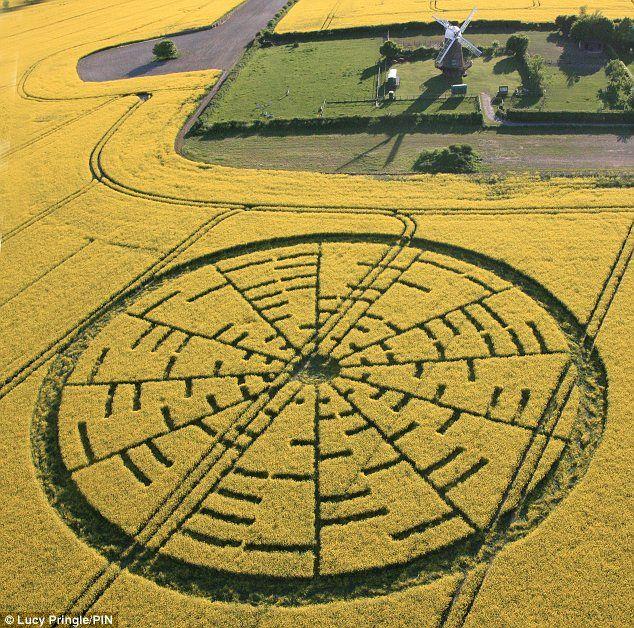 Crop circles | El Crop Circle de Willton Windmill de 22 de Mayo desconcierta a todos ...